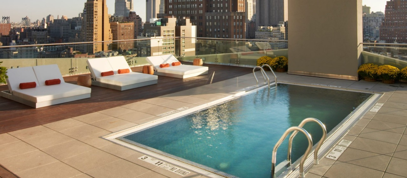 Hotel Pools New York City Suzzstravels